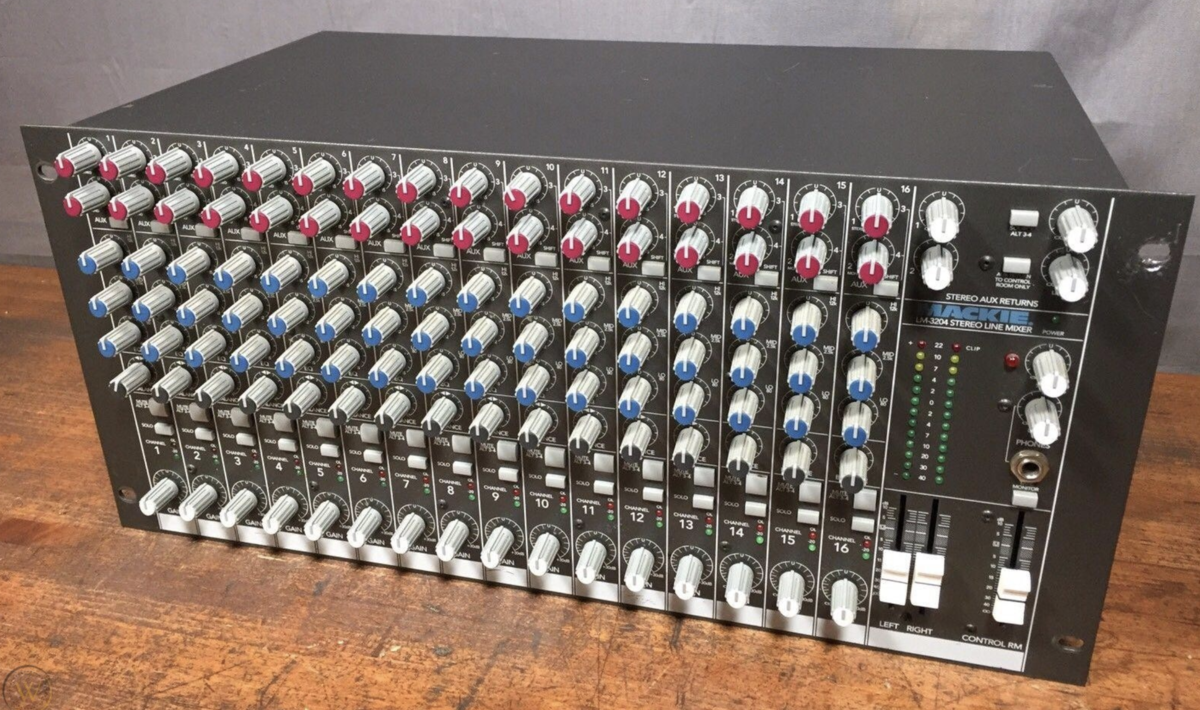 Mackie LM 3204 Mixer